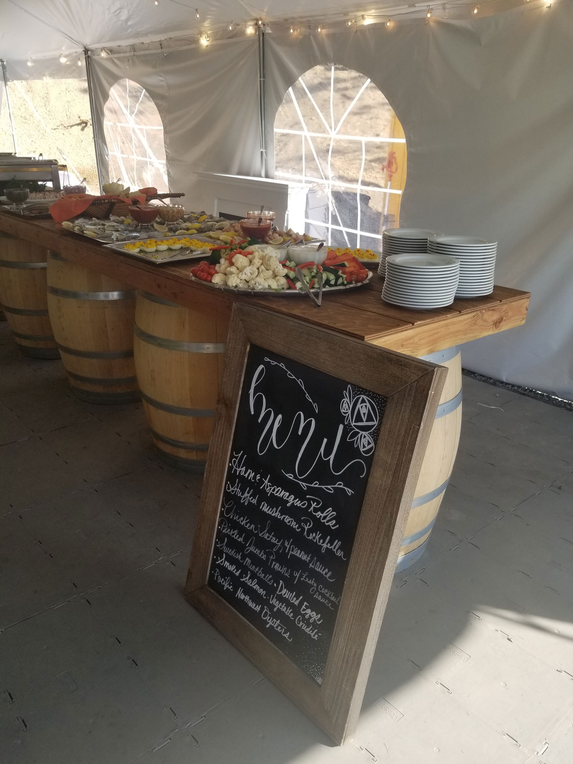 Tent-Buffet-&-Menu-Board